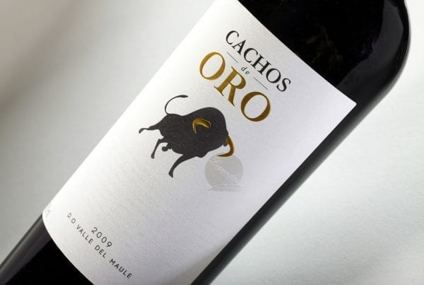 Exclusive collection Cachos de oro label design