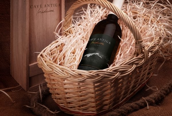 Cave antiga iridium wine design